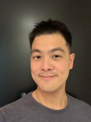 Dennis Leong Headshot