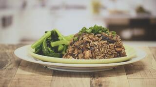Healthy Recipes by OSIM & SSI: Cheat's Claypot Rice Thumbnail