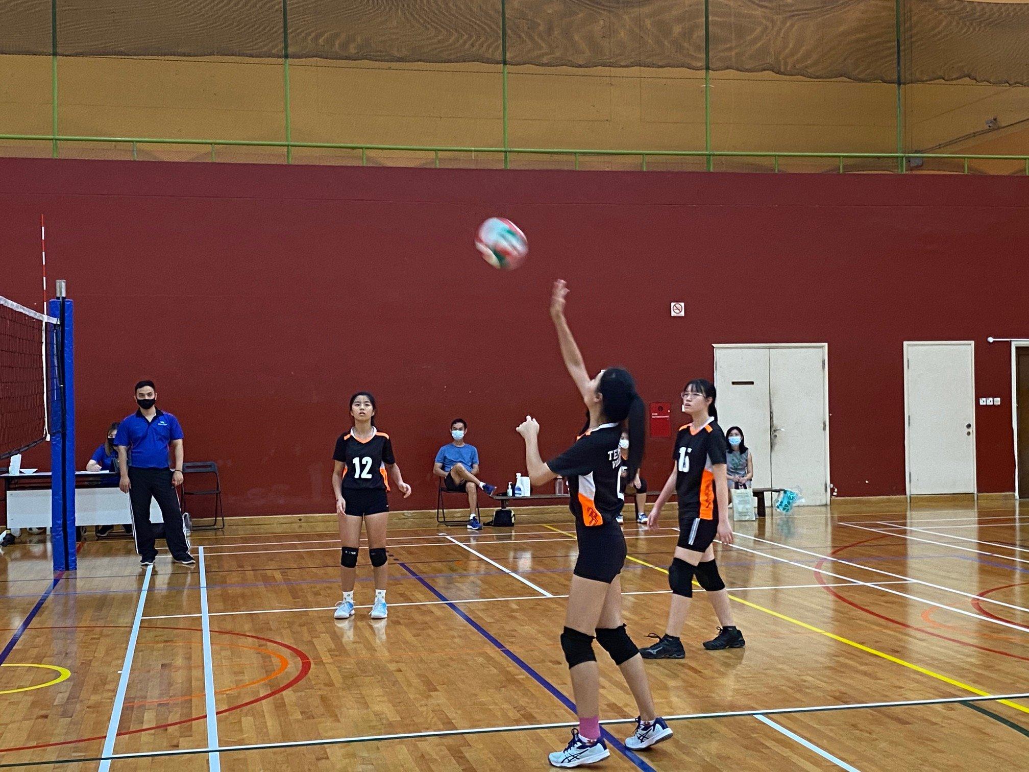 NSG A Div girls' volleyball prelim rd - ACJC (red) vs TJC (black) 2