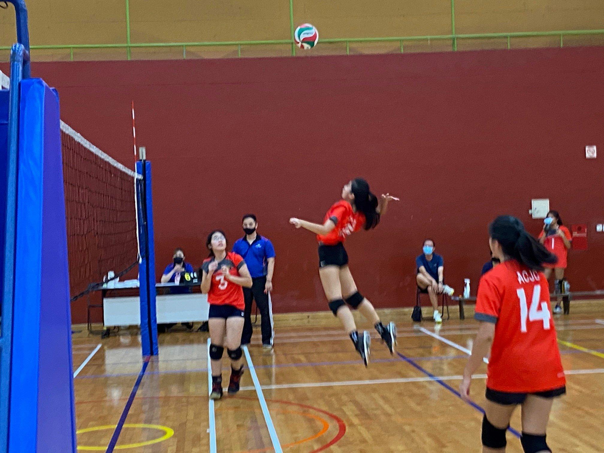 NSG A Div girls' volleyball prelim rd - ACJC (red) vs TJC (black) 5
