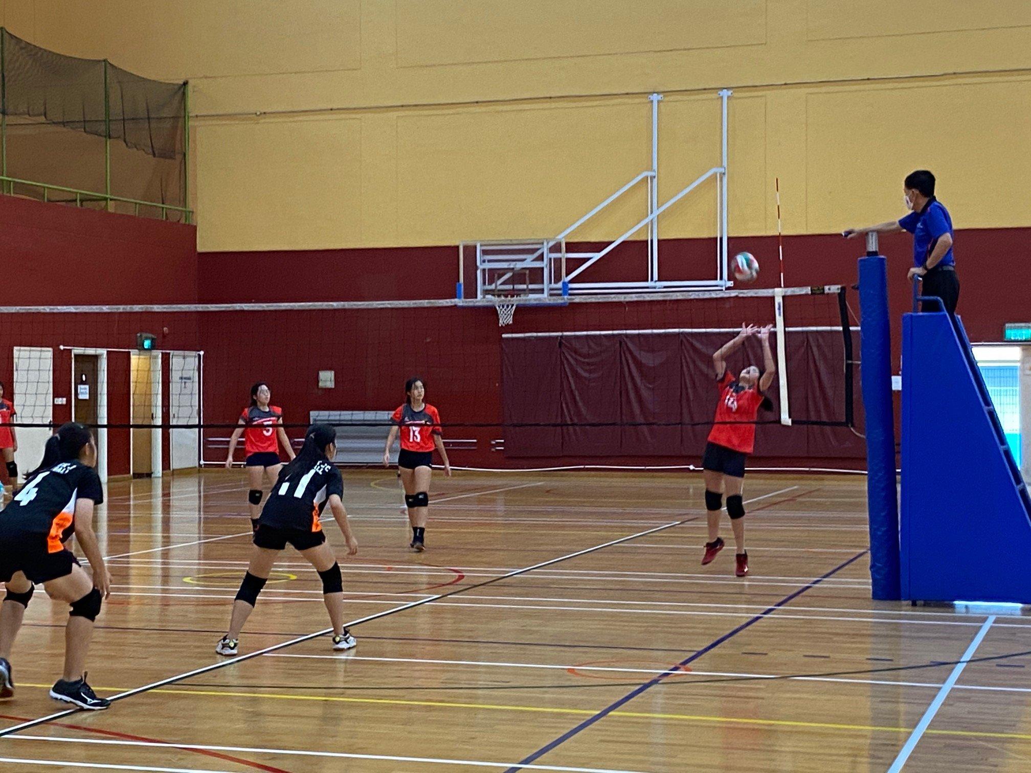 NSG A Div girls' volleyball prelim rd - ACJC (red) vs TJC (black) 7