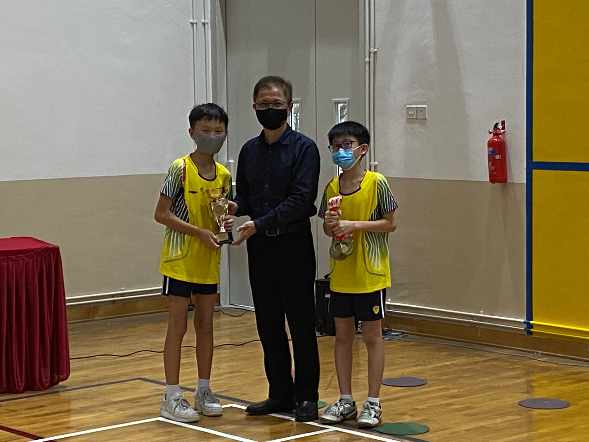 NSG East Zone Snr Div boys table tennis final - prize presentation