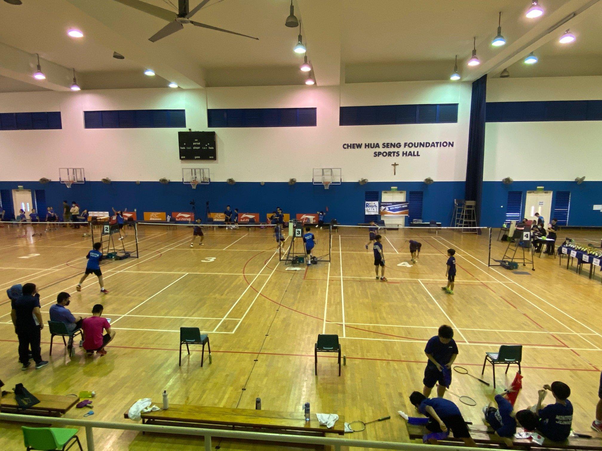 NSG Snr Div North Zone boys' badminton final - warmups