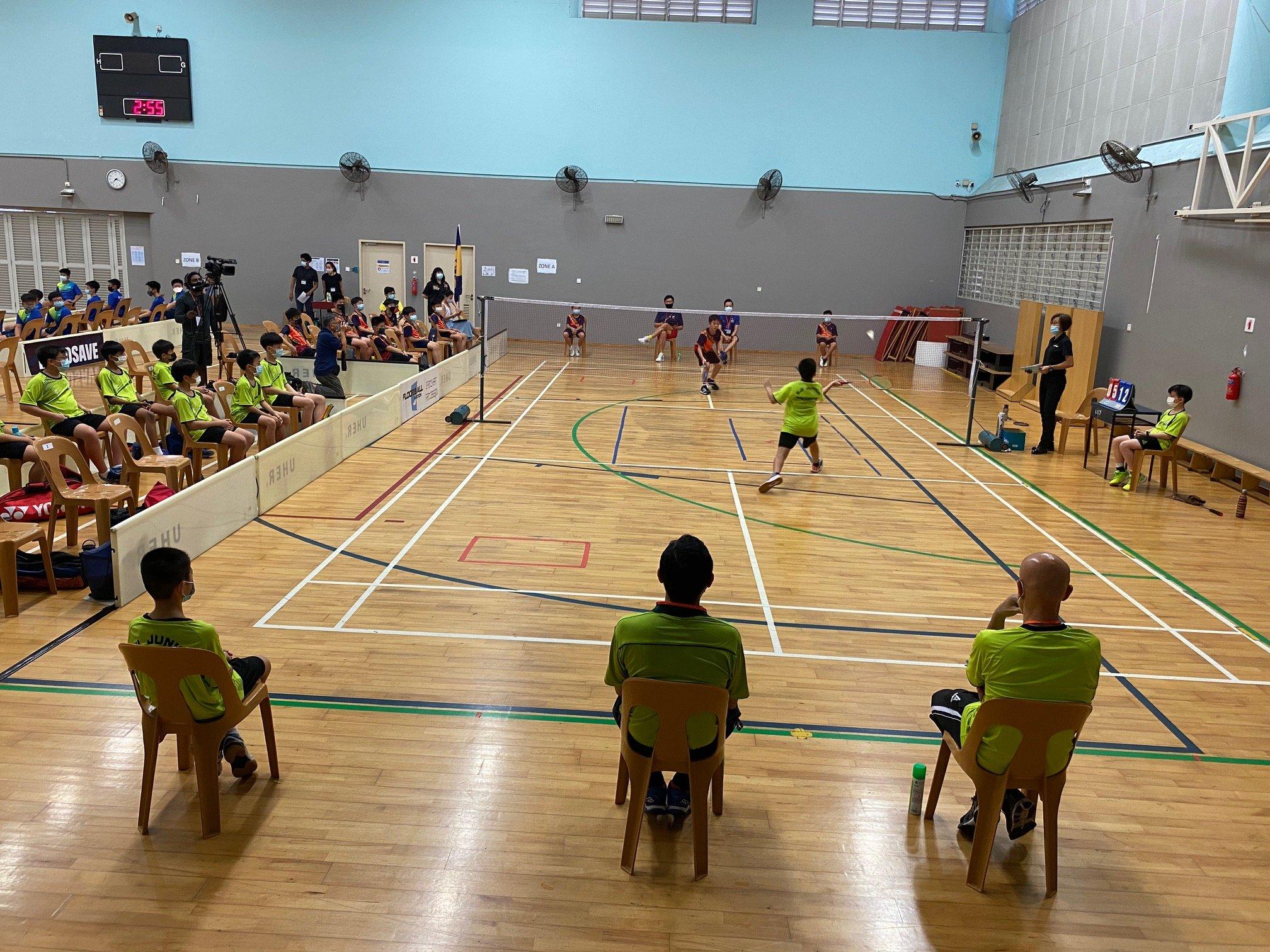 NSG Snr Div South Zone boys' badminton_ SJI Junior (green) vs ACS Primary (orange) 2