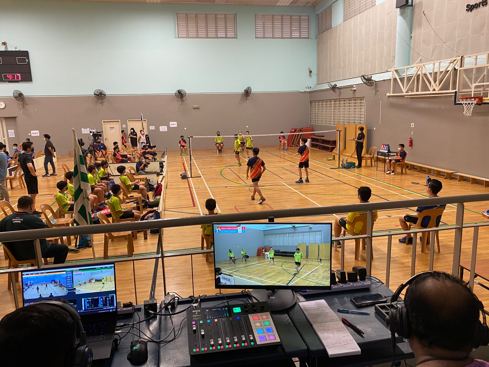 NSG Snr Div South Zone boys' badminton_ SJI Junior (green) vs ACS Primary (orange) 4