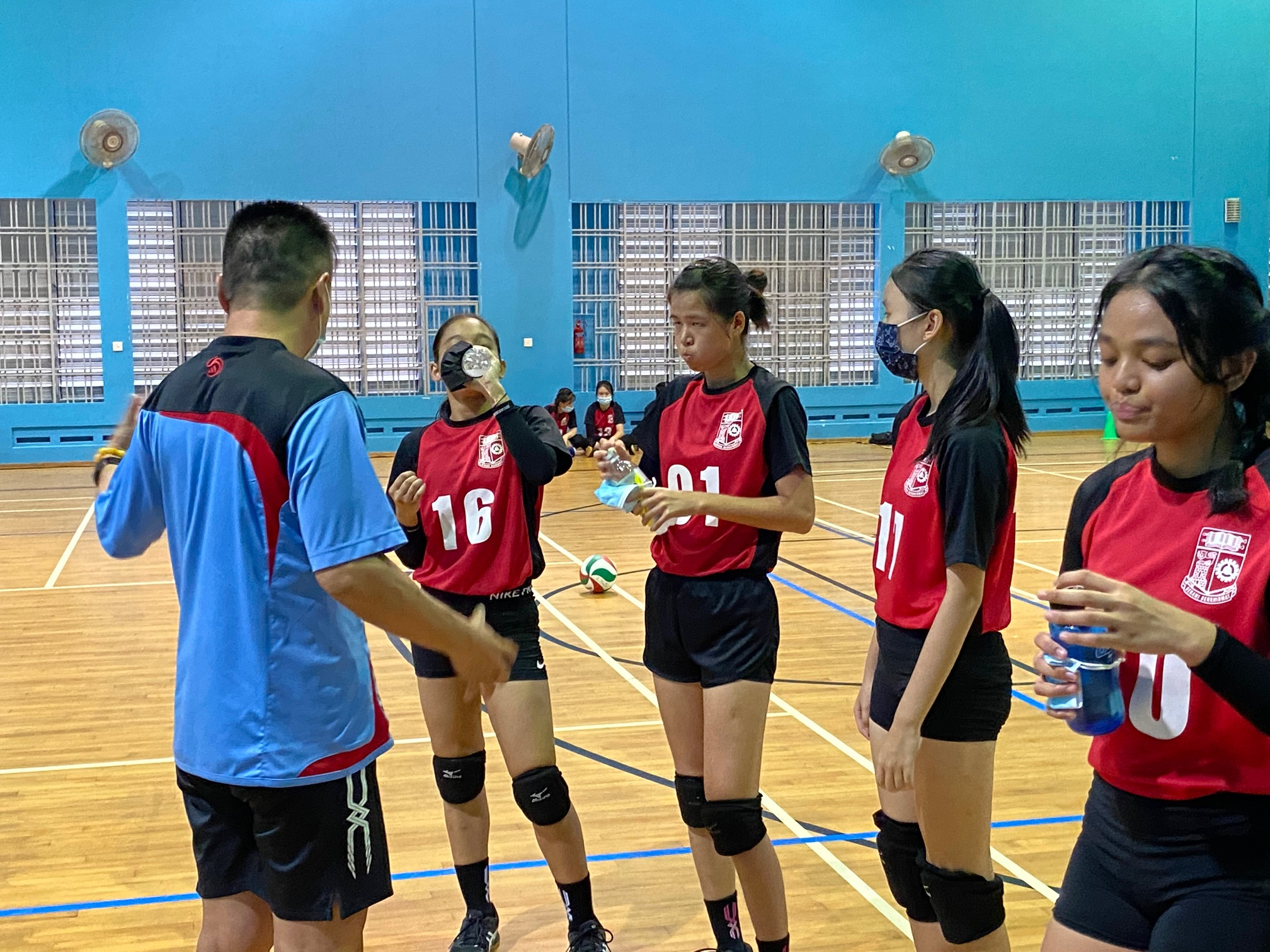 NSG South Zone B Div girls volleyball final - Queenstown (red) v Queensway (purple) 3-1