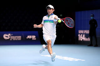 5th seed Nishioka survives strong American challenge to reach STO Rd of 16