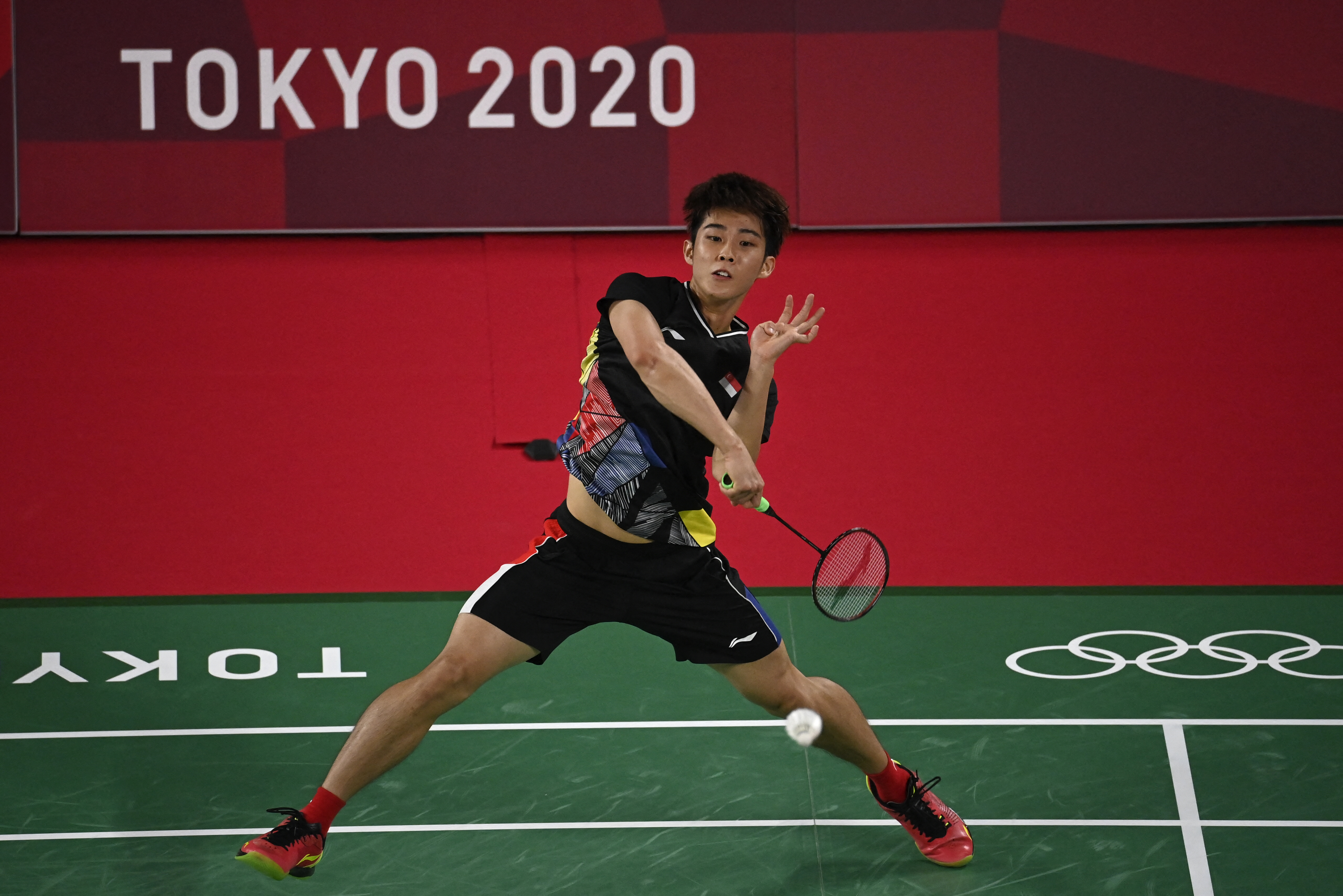 Tokyo 2020: TeamSG Shuttler Loh Kean Yew is victorious on his Olympic debut!