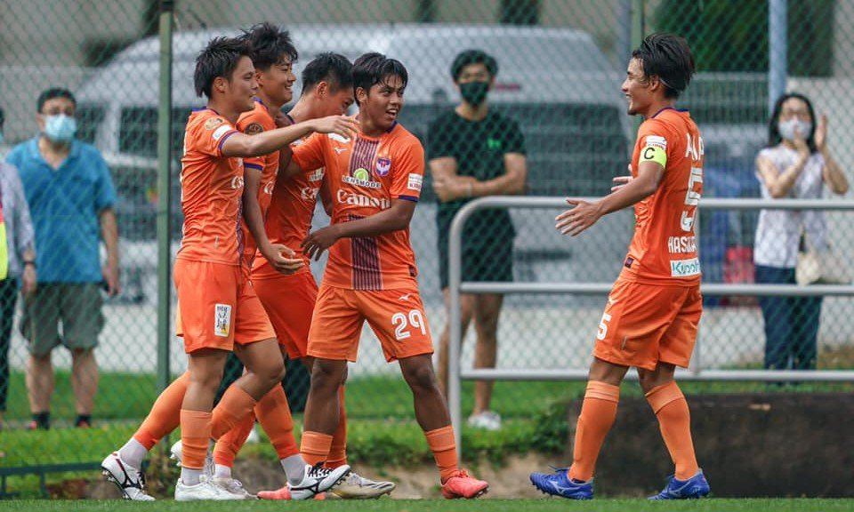 Moment of naivety costs Geylang dear, as Albirex eke out 1-0 win!